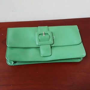 Green patent Loft Clutch