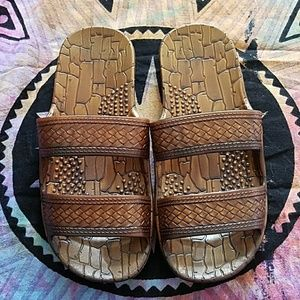 Other - Kids size 3 Hawaiian brown sandals
