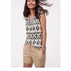 🌴LOFT linen tropical ikat print cap sleeve tee🌴