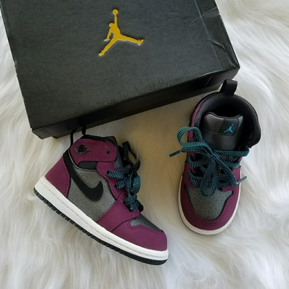 on sale 4d7b7 7f582 Baby  Toddler Nike Air Jordan 1 retro high tops