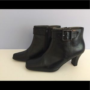 Aerosoles ankle boot 8