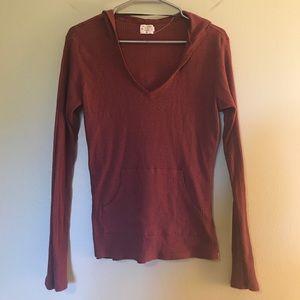 Thin and lightweight maroon Volcom sweater