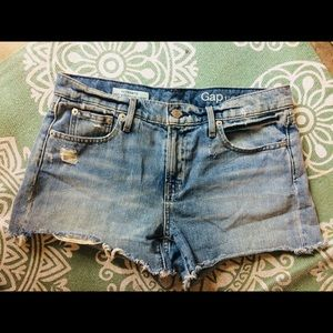 Gap Girlfriend Jean Shorts size 26