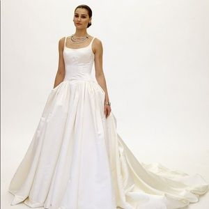 TRULY ZAC POSEN SATIN WEDDING DRESS WITH PLEATING