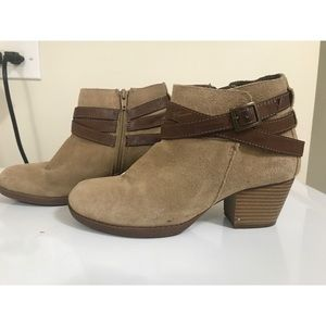 WHITEMT. Chestnut colored ankle booties with strap