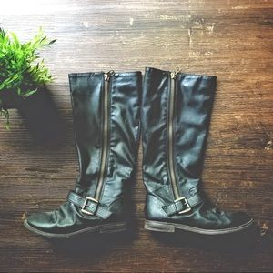 Black tall faux leather ankle buckle zip boots 8