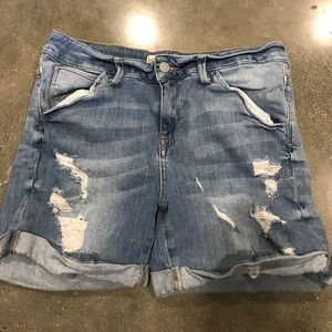 Zara distressed denim shorts USA 04
