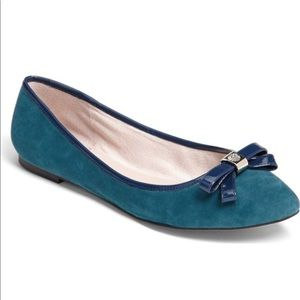 Vince Camuto blue flats Timba