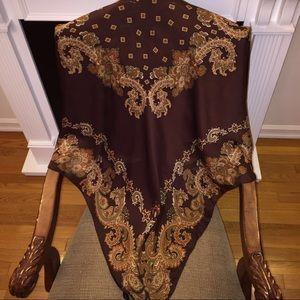 Accessories - Vintage square silk scarf