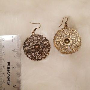 Jewelry - Gold pierced earrings