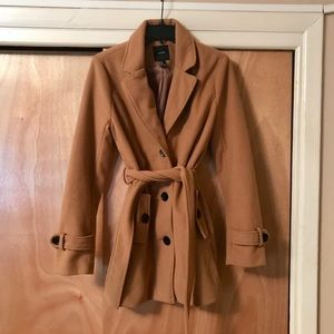 FOREVER 21 FALL/WINTER COAT