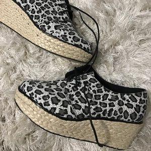Leopard platform shoes by shoemint