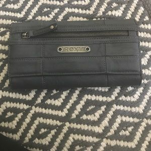 grey rich wallet