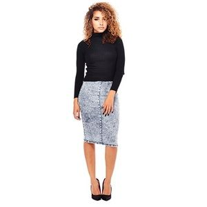 Dresses & Skirts - Irish Jeans High Waisted Pencil Acid Wash Skirt
