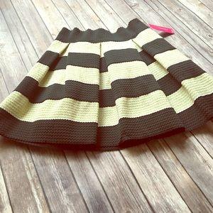 Nwt Xhiliration Metallic Striped Flare Skirt