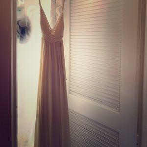 Lulu's off white dress