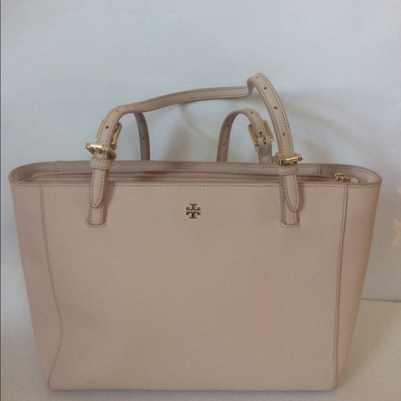 898e439bc96c Tory Burch Small York Tote Bag light oak blush. M 59e4fc304e95a30ef10cd0cb
