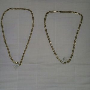 2 diferent style of necklace 14 k