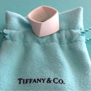 •$950 TIFFANY & CO SURER RARE RING• MAKE OFFERS