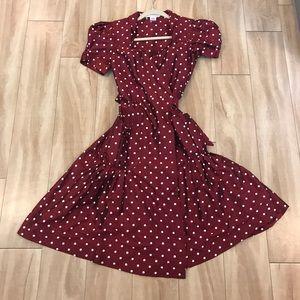 Diane Von Furstenberg red holiday dress size 6