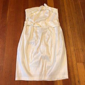 Torrid Ivy strapless knee length dress