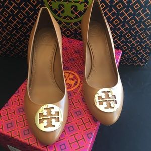 NEW Tory Burch Alice Wedges