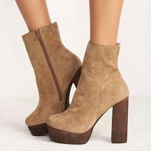 💥Sale!!💥Jeffrey Campbell Skyline platform ankle