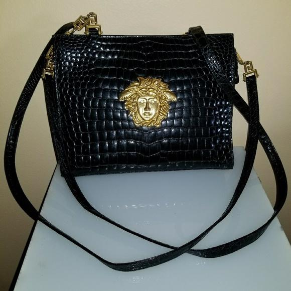 42bb5e53216ab GIANNI VERSACE Medusa vintage L bag. M 59e50741bcd4a751e50027c0