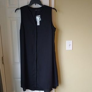NWT Gorgeous black button down dress
