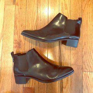 COACH Black Leather Chelsea Ankle Boots Sz8