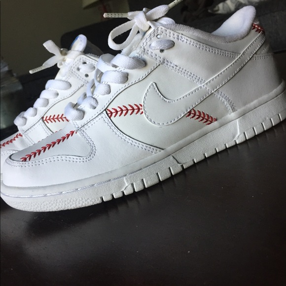 Nike Dunk Low Baseball Stitch