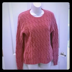 Gap cable knit 98 % lambs wool sweater