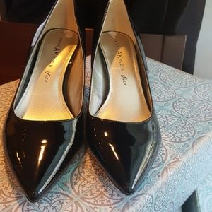 Anne Klein Iflex Black Patent Pointy Kitten Heels