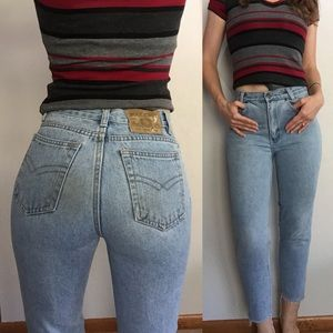 Vintage Light wash high waist mom jeans