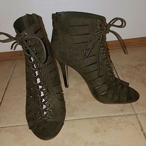 Olive green lace up heel with zipper in the back