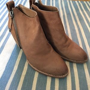 Dolce Vita booties size 7