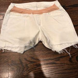 Gap 1969 Maternity shorts