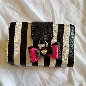 NWT, Betsey Wallet