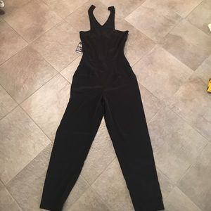 Black jumper with pockets BNWT from express size 4