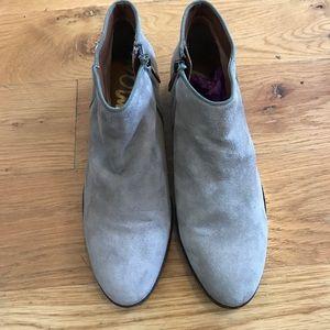 Sam Edelman short stacked heel grey suede bootie 6