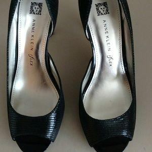 Black Snakeskin Anne Klein shoe