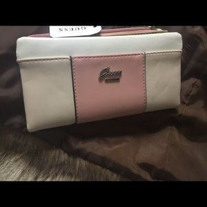 Guess wallet pale pink,beige, off whit wallet
