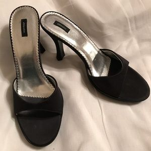 Black High Heel Shoes size 9