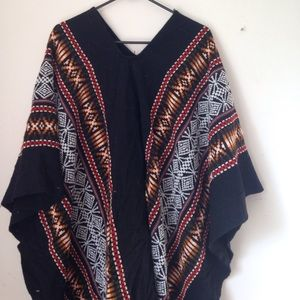 Sweaters - Ethnic Hippie Embroider Poncho