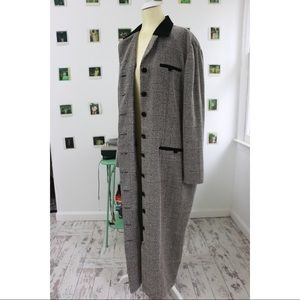 Tweed jacket With Velvet Trim