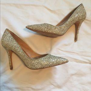 Badgley Mischka Gold glitter Pumps