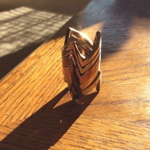 House of Harlow jagged chevron stacking rings