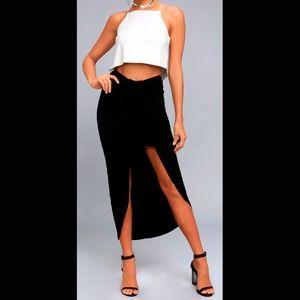 Lulu's side slit skirt