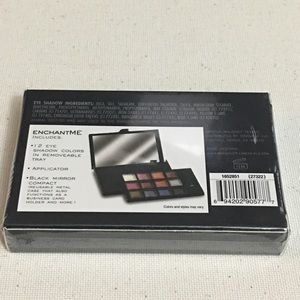 ME Makeover Essentials Makeup - IntrigueMe Eye Shadow Compact EnchantMe Color Set