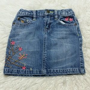 Baby Gap embroidered girls jean skirt Toddler 5